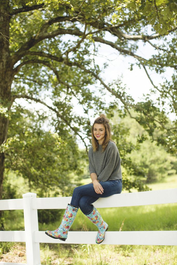 Sadie-Robertson There's fashion in boots
