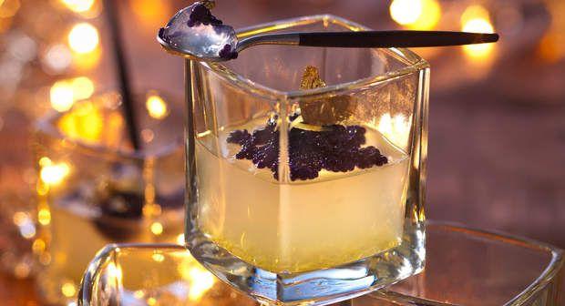 Gelée de vodka et citron au caviarVoir la recette de la Gelée de vodka et citron au caviar >>