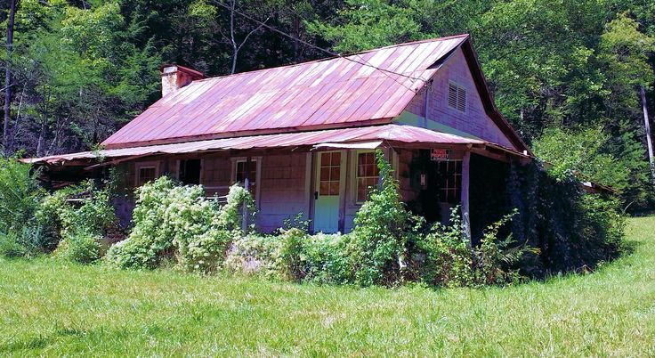 Old Abandoned House On Stanley Creek Rd Near Blue Ridge