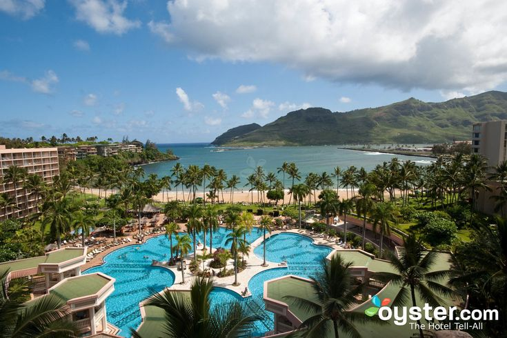 A team of Oyster reporters have explored over 150 hotels in Hawaii. We slept in the beds, lounged on the beaches, ate in the restaurants, and even danced some hula, all with an eye toward selecting the most distinguished properties. Here's our list of the best hotel values in Hawaii.