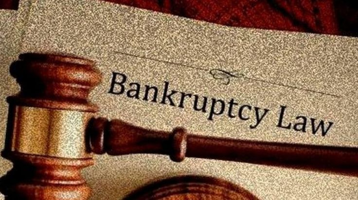 Before hiring a bankruptcy attorney, perform extensive research online, reading about the lawyer's background, associations and certifications. Pay particular attention to how long that law firm or that attorney has helped clients file for bankruptcy, learn how many cases they've successfully handled, and read any testimonials available.