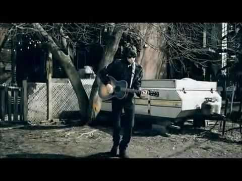 ▶ I Wonder - Bobby Bazini (Official Video) [Bobby Bazini (born Bobby Bazinet May 6, 1989) Age 26 - is a French Canadian singer-songwriter from Mont-Laurier, Quebec, Canada. `j