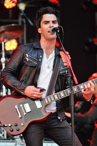 Kelly Jones from Stereophonics. Saw him live in the UK in 1997.