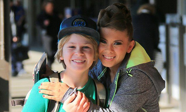 Bindi Irwin cuddles up to brother as she heads home following DWTS win