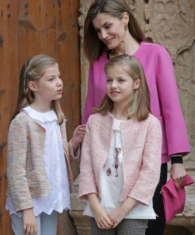 Foto: La Reina con sus dos hijas, Leonor y Sofía (Gtres)