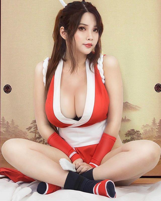 Lovely mai cosplay capcom nude