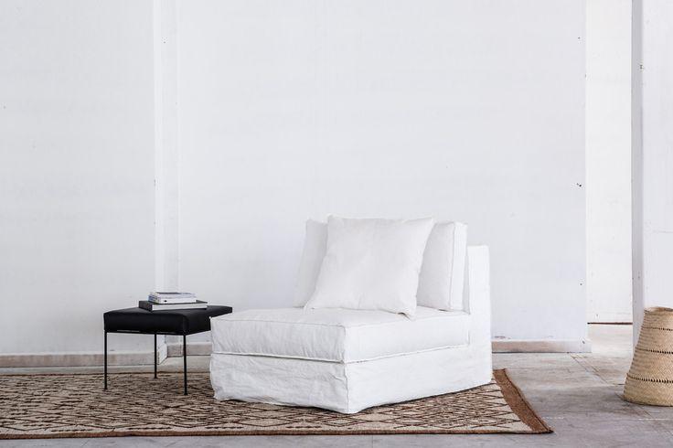 Hampton slipper chair white
