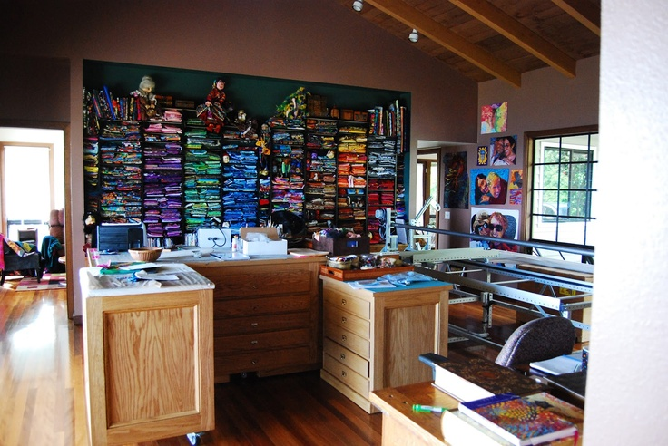 Phyllis Cullen Art Studio: Cullen Art, Quilts Boards, Art Studios, Beauty Studios, Sewing Studios, Future Sewing, Phylli Cullen, Quilts Gener, Get Organizations