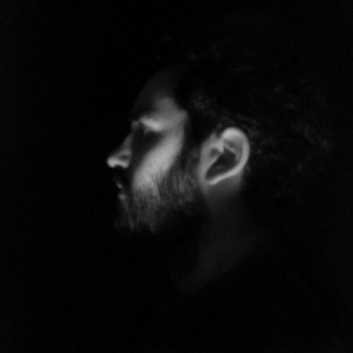 """Portrait au sténopé - Série """"Clair-Obscur"""" (2011)"""