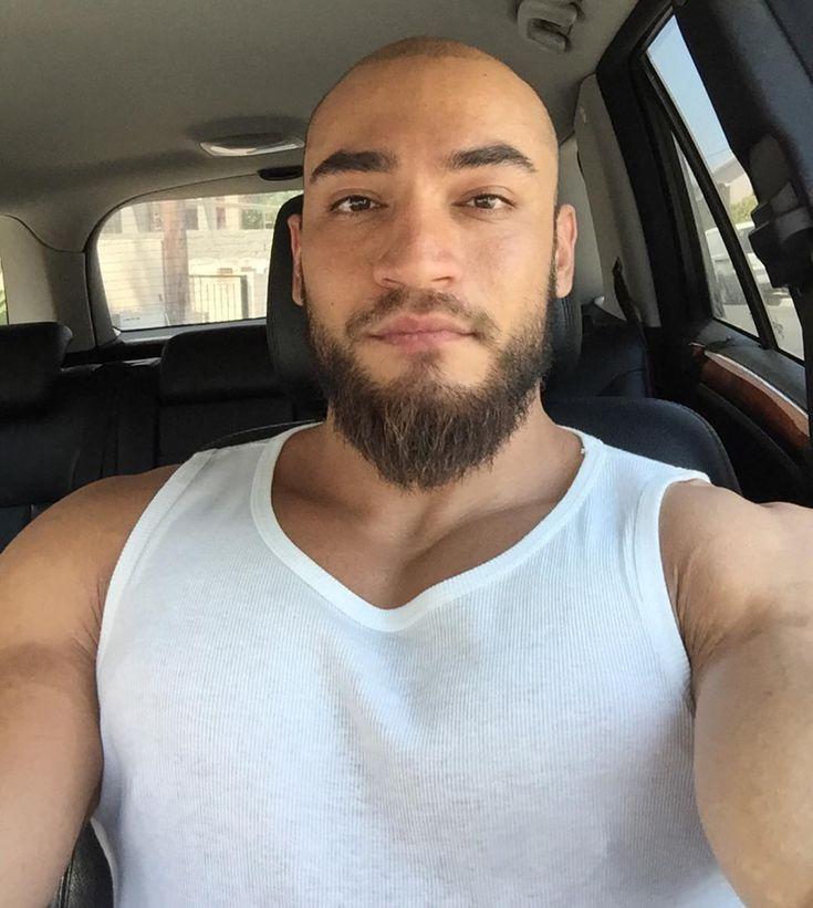 best 25 bald men with beards ideas on pinterest. Black Bedroom Furniture Sets. Home Design Ideas