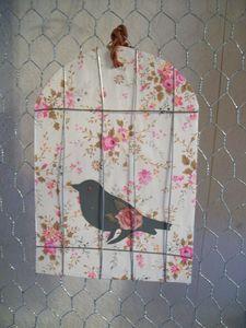 oiseau prisonnier