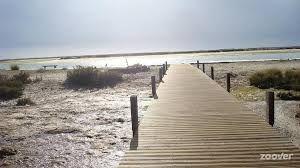 Op weg naar het binnenstrandje aan de lagune, een heerlijke plek