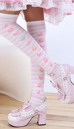 Kawaii macaroon pink stripe lolita thigh high socks