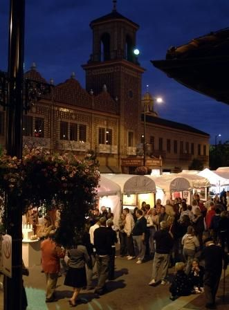 Kansas City Plaza Art Fair - artists come from all over the world to exhibit their creativity