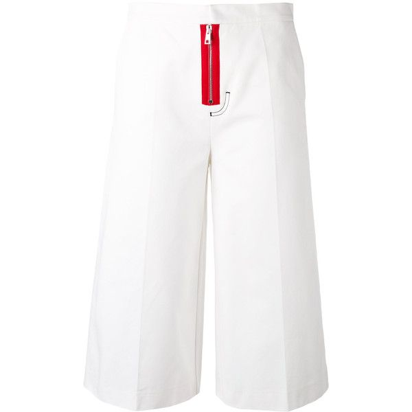 Brognano cropped pants (90.665 HUF) via Polyvore featuring pants, capris, white, white trousers, cotton crop pants, cropped trousers, white crop pants and white cropped trousers