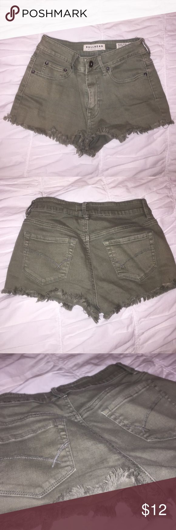 Bullhead high rise short-army green Great condition from pac sun Bullhead Shorts Jean Shorts