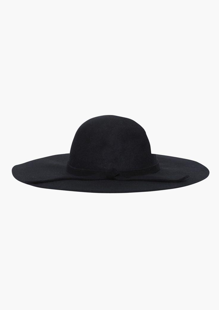 ¡Aún estas muy a tiempo de utilizar sombreros! Justo es la época en que  comienza el frío con humedad en el ambiente... ¡Que no te ganen los gorros  de ... b57686c18d4