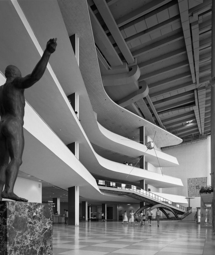 Ezra Stoller. United Nations Assembly Building. Team of Architects.