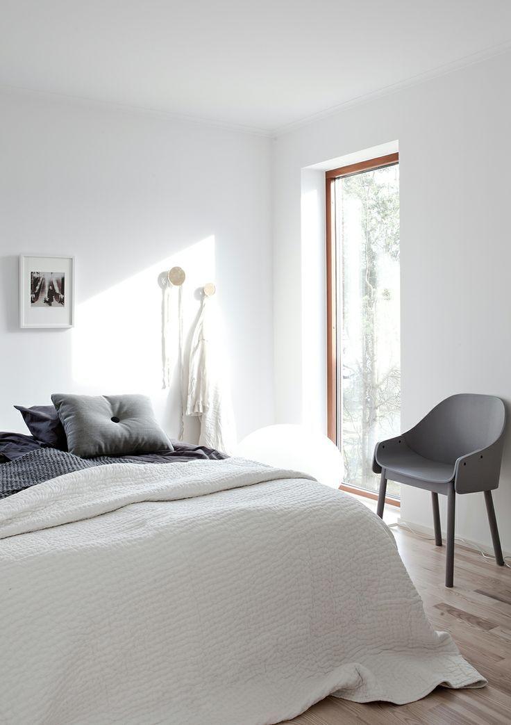 17 Best Ideas About Bedroom Arrangement On Pinterest