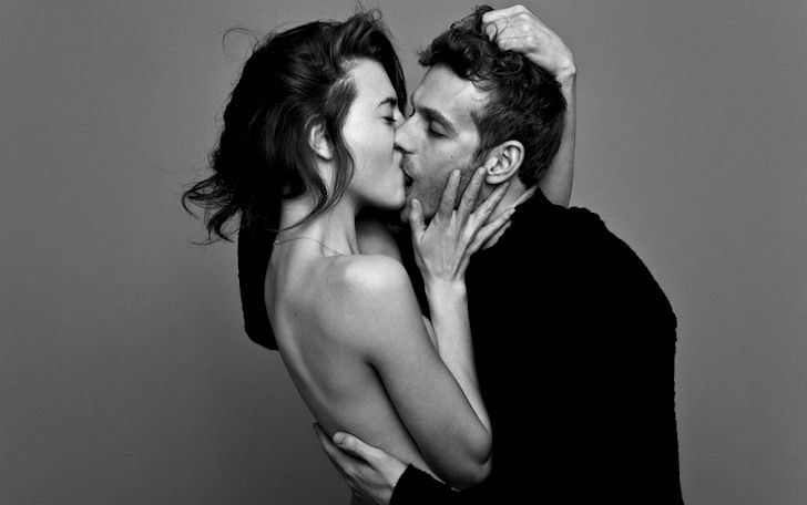 картинки игривый поцелуй резко контрастируют шероховатым