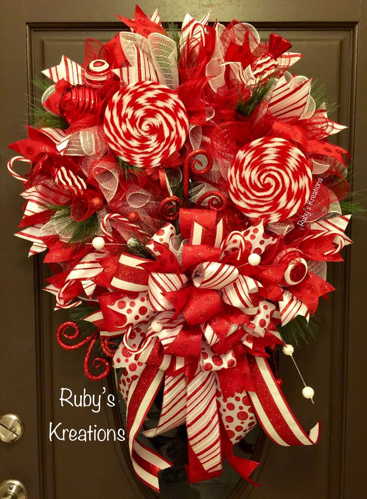Christmas Wreath - Candy Cane Wreath - Red & White Wreath - Christmas Decor