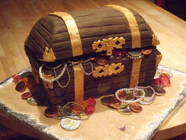 Princess Treasure Chest With Chocolate Cake