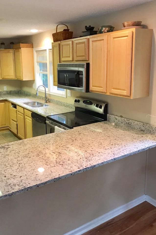 Beautiful Kitchen In White Dallas Granite This Color Looks Great With The These Light Blonde Color Dark Kitchen Cabinets White Granite Kitchen Kitchen Remodel