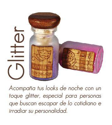 Roba miradas con #Glitter Caretas.