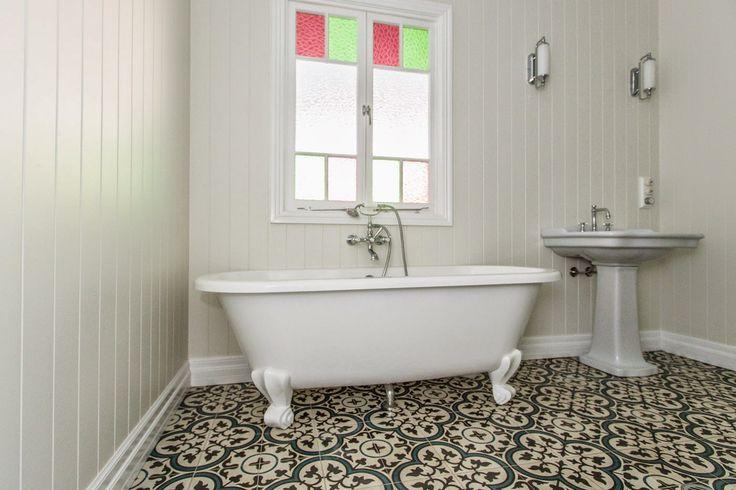Renovating a Queenslander: Encaustic tiles & tiling