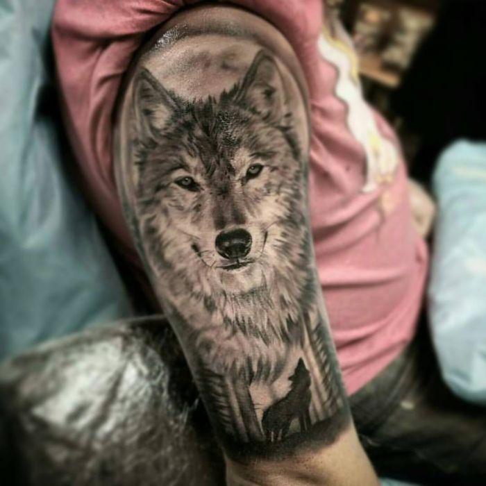 the 25 best wolf tattoos ideas on pinterest forest tattoo sleeve tree sleeve tattoo and wolf. Black Bedroom Furniture Sets. Home Design Ideas