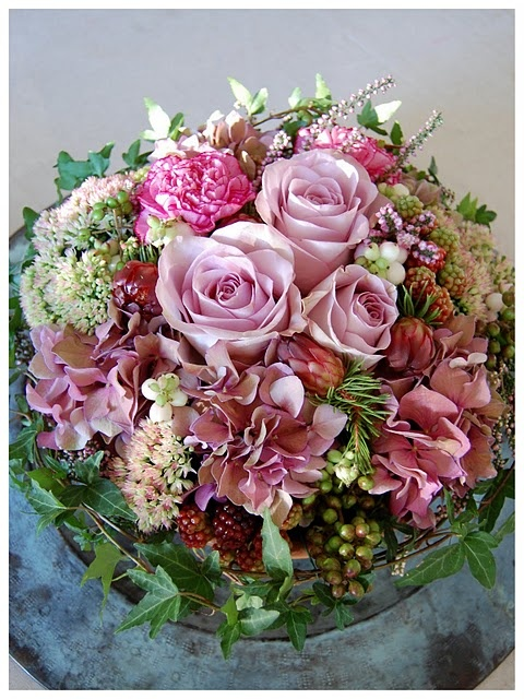I love to have gorgeous flowers in my house...
