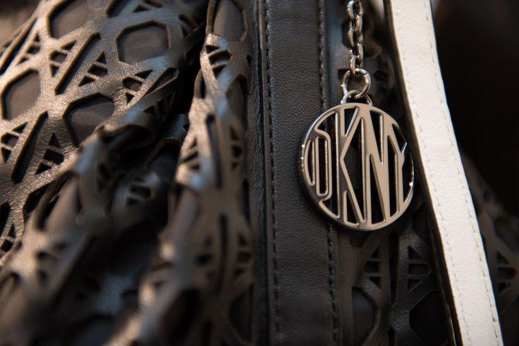 NEXT by KOFLER Store Gallery HW 2015/16. Einzigartig gemachte Tasche von DKNY