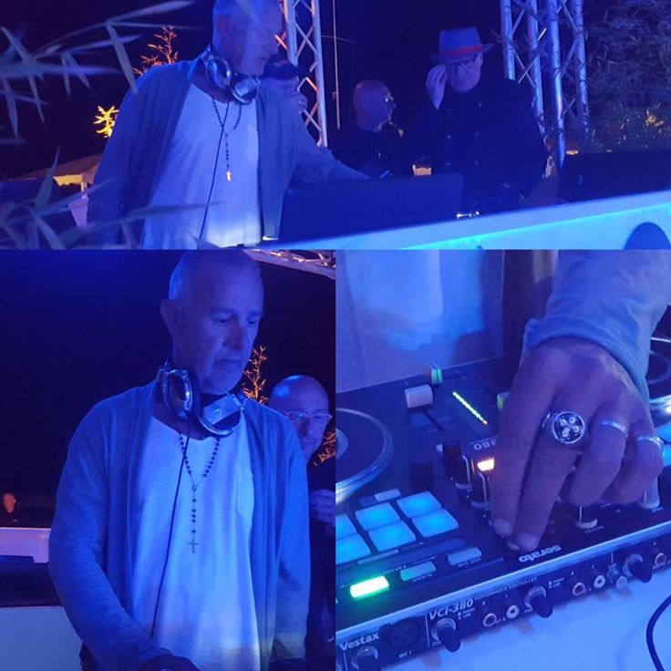 King's Road Collection worn by DJ Steve Banzara now on the mix @Ostras Beach Club Versilia! 🎧🔝🔝🔝  #kingsroadcollection #cross #ring #dj #stevebanzara #mixing #ostrasbeach #versilia #summer2017 #brunicardipreziosi