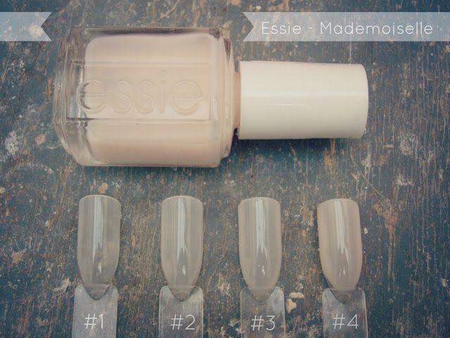Essie Mademoiselle - Erst nach der zweiten Schicht hinterlässt der milchig weiße Lack Farbe auf dem Nagel. Deckend wird dieser Lack eigentlich nie. Der gewisse French Look bleibt immer, die Nagelspitzen schimmern sehr schön hell durch.
