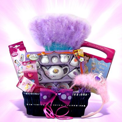 Disney Wedding Gift Basket : ... Wedding gift baskets, Themed gift baskets and Gift basket ideas