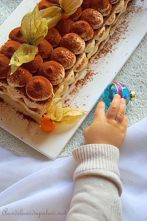 bûche au mascarpone & chocolat blanc  façon tiramisu facile