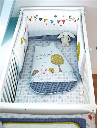 Tour de lit brodé bébé thème happy zamis, Puériculture