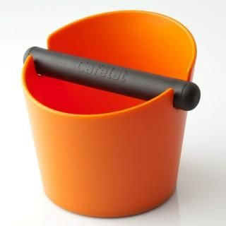 CAFELAT LARGE TUBBI ORANGE. This large Tubbi features a press fit silicone gasket on the bottom which means you can strip it down and clean it however you want, wash it by hand or put it in the dishwasher.  Holds Approximately 50 double baskets