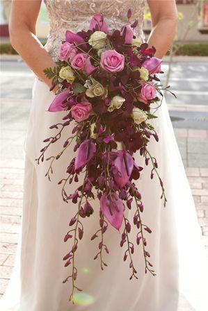 Beautiful teardrop wedding bouquet