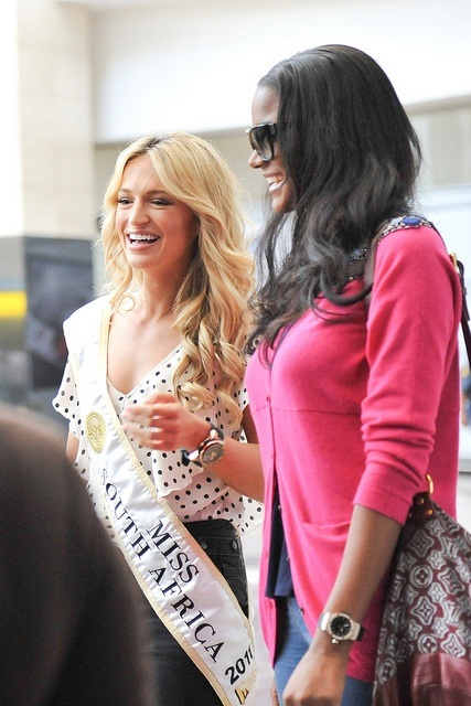 Melinda Bam meets Leila Lopes, Miss Universe 2011 as she arrives in South Africa.