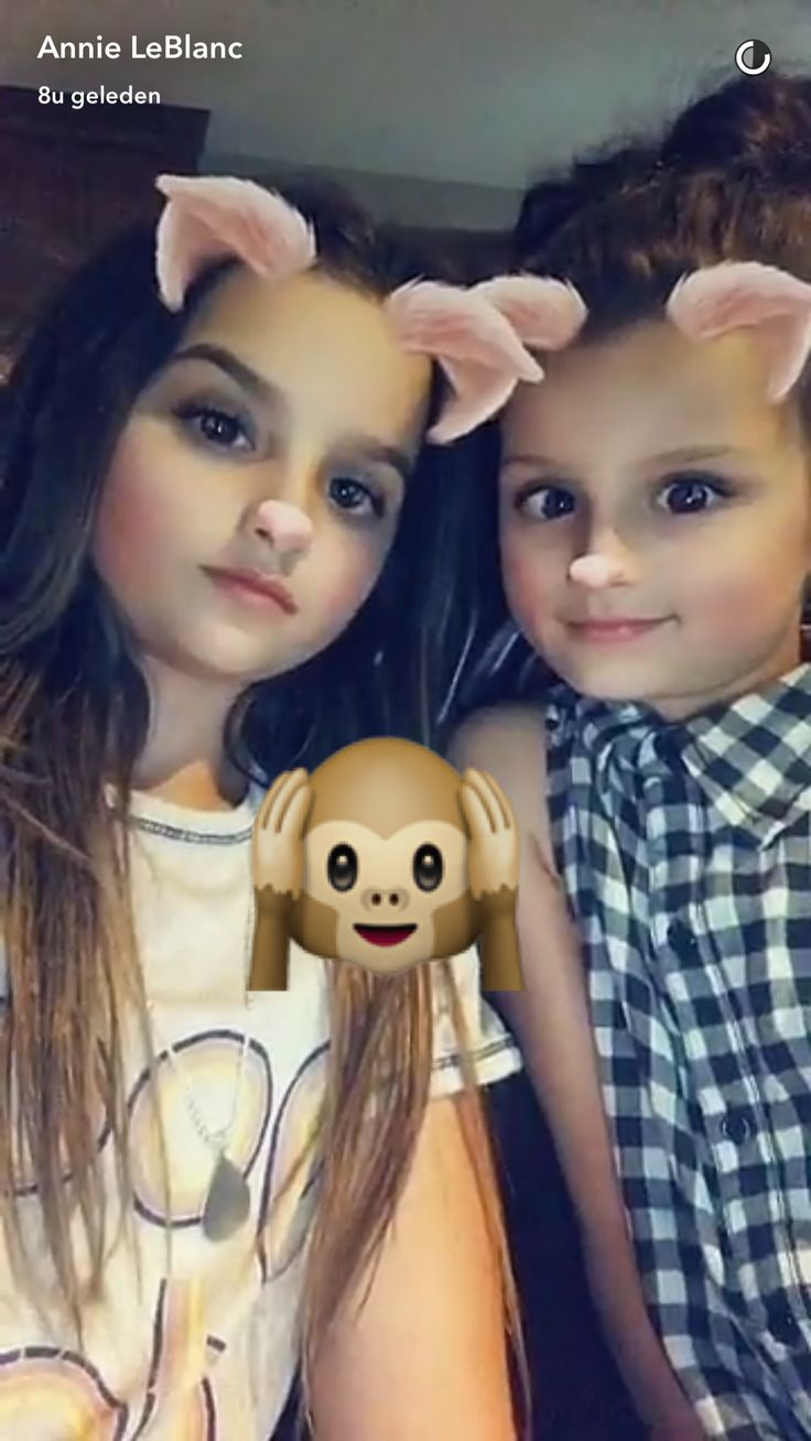 Annie and Hayley ~ Bratayley ~ Snapchat ❤