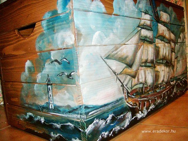 Vitorláshajó mintás, névre szóló játéktároló láda. Fotó azonosító: JATNORVIT01