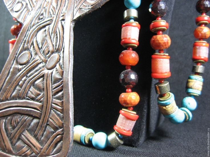 Купить ИСТОРИЯ КЕЛЬТСКОГО КРЕСТА - коричневый, кожа натуральная, кельтский крест, натуральная кожа, коралл
