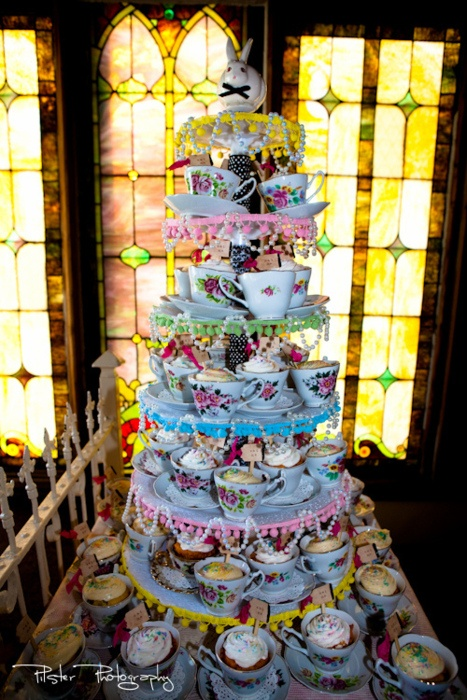 Wonderland Cake: Cupcake, Wonderland Wedding, Teas Cups, Alice In Wonderland, Bridal Shower, Cups Cakes, Parties Cakes, Teacups, Teas Parties