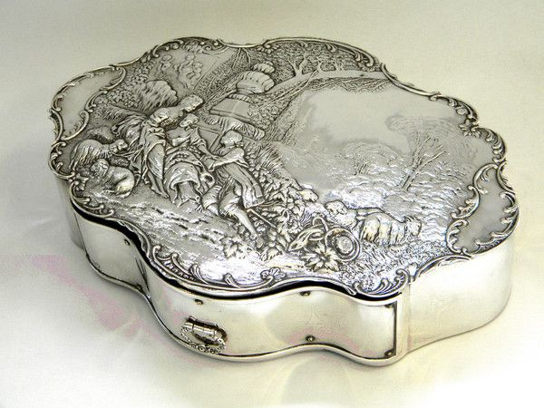 ANTIQUE VICTORIAN SOLID SILVER JEWELLERY BOX LONDON 1900 JEWELRY / JEWEL BOX