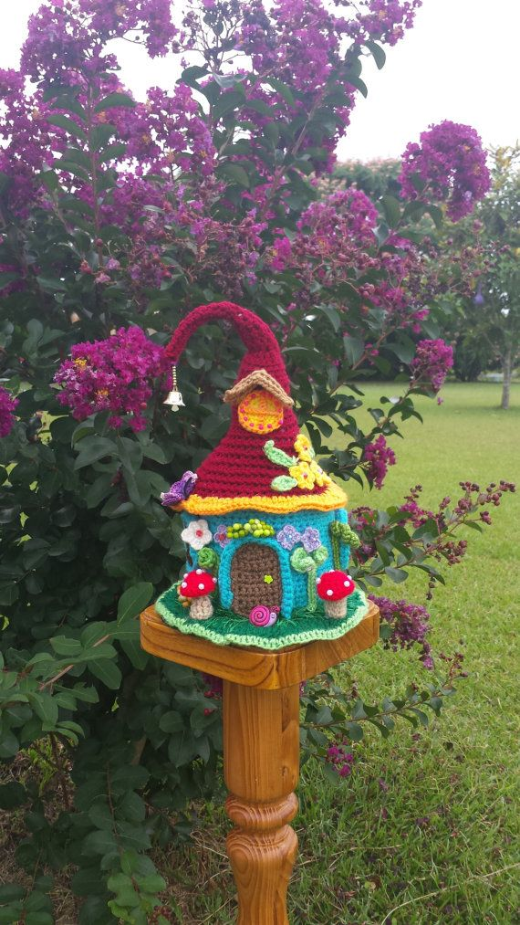 Handmade Crochet Fantasy Fairy / Gnome house Garden by emcrafts
