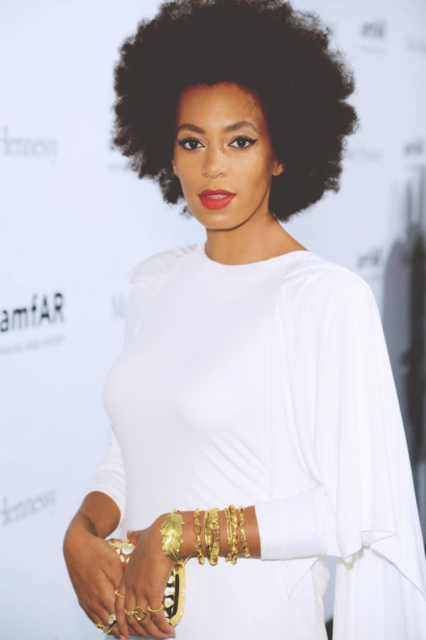 Solange Knowles | Natural Curly Afro Hair | Red Lipstick | Cat Eye