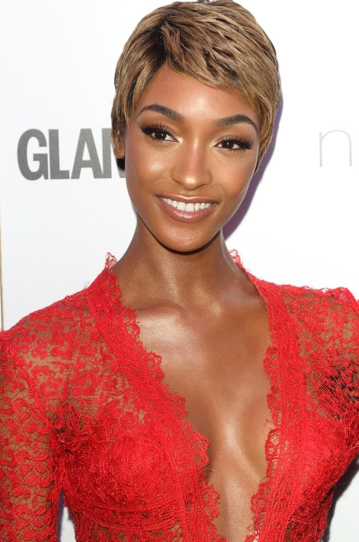 Jourdan Dunn wearing a coral-colored Ermanno Scervino Fall 2017 gown and Messika jewelry at the 2017 Glamour Women of the Year Awards at Berkeley Square Gardens in London, England, on June 6, 2017