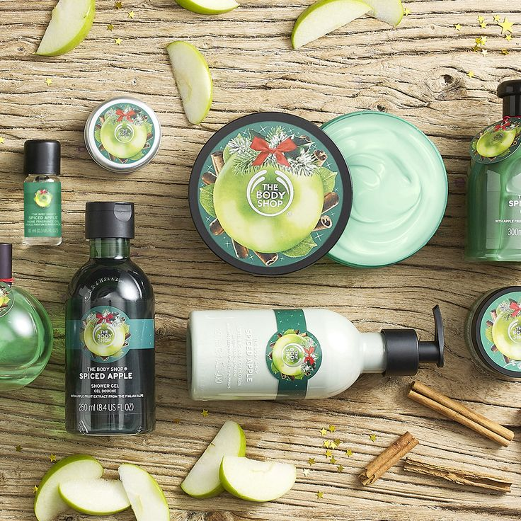 From sweetly spiced to unbelievably juicy, our eagerly anticipated limited edition seasonal favorites are back this holiday season! The spiced apple range is made with cold-pressed apple seeds from the Alps. These seasonal scents will become your new favorite!