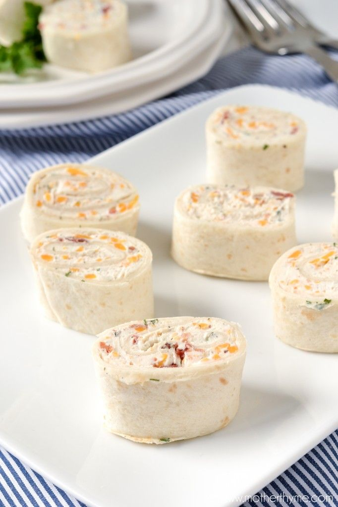 An easy to make recipe for Cheddar Bacon Ranch Pinwheels. Great to serve as tasty appetizer or even to enjoy for lunch.